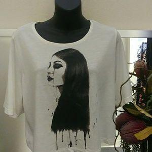 Kendall & Kylie Graphic Crop T-shirt
